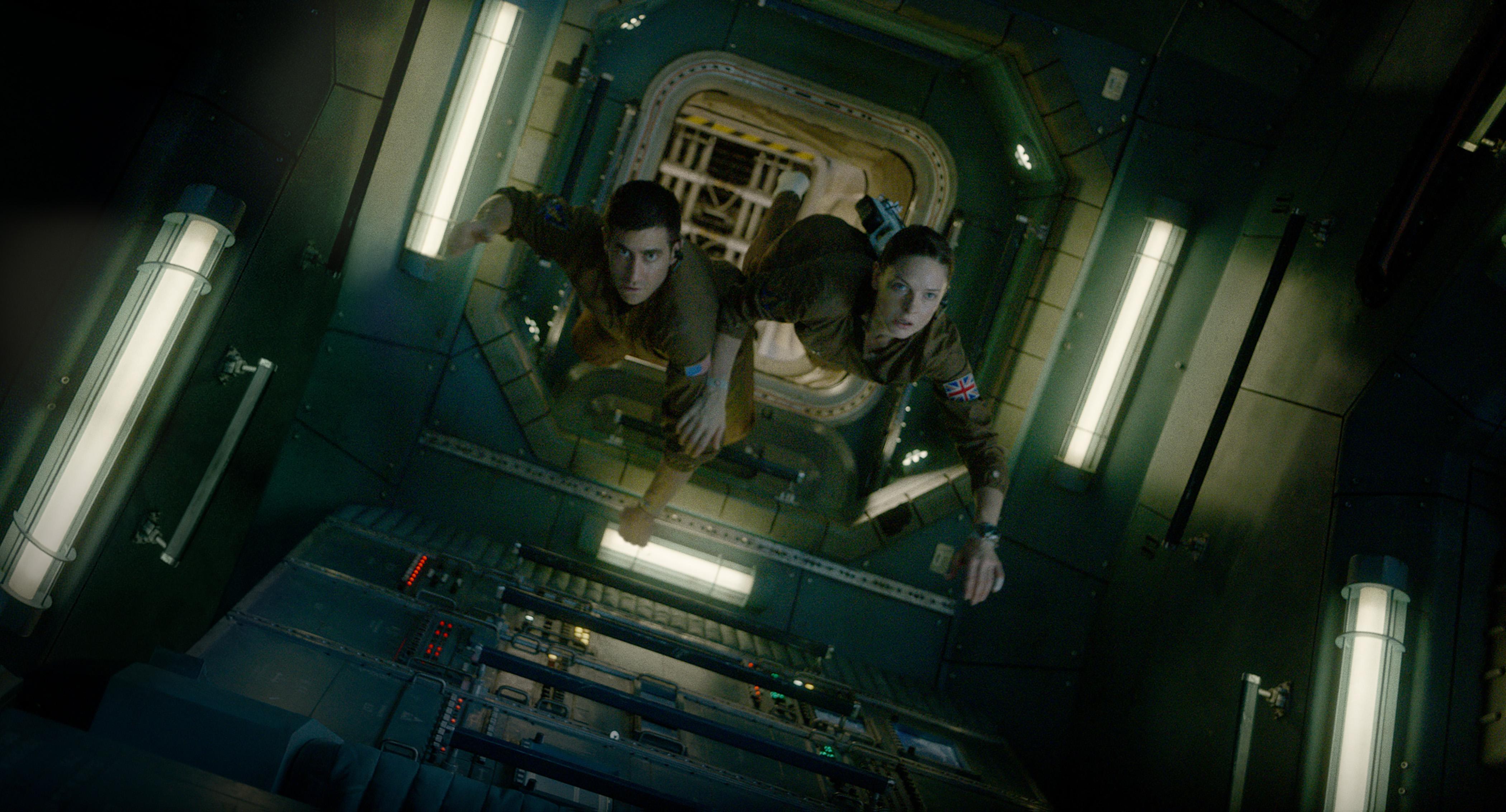 Life: prima clip estesa dello sci-fi con Ryan Reynolds e Jake Gyllenhaal