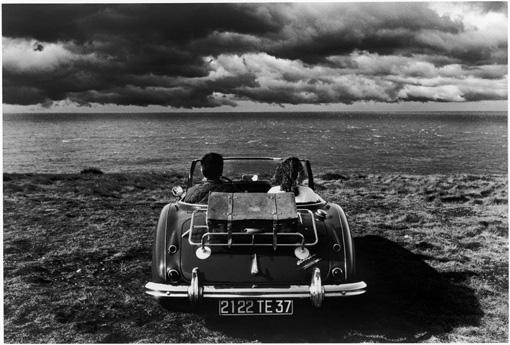Risultati immagini per fotografie in bianco e nero di amori